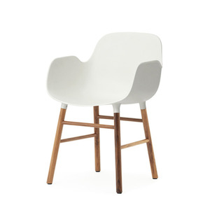 Form Arm Chair, walnut (6 colors)